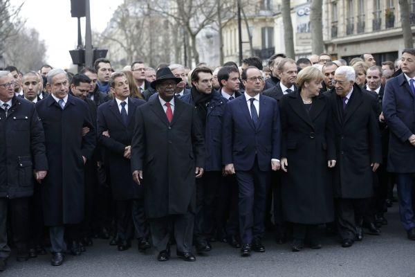 V pařížském průvodu za Charlie Hebdo chybí americký prezident Barack Obama.