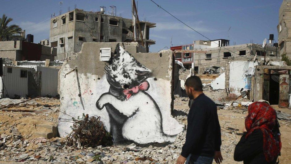 Snímky z Banksyho návštěvy v Pásmu Gazy