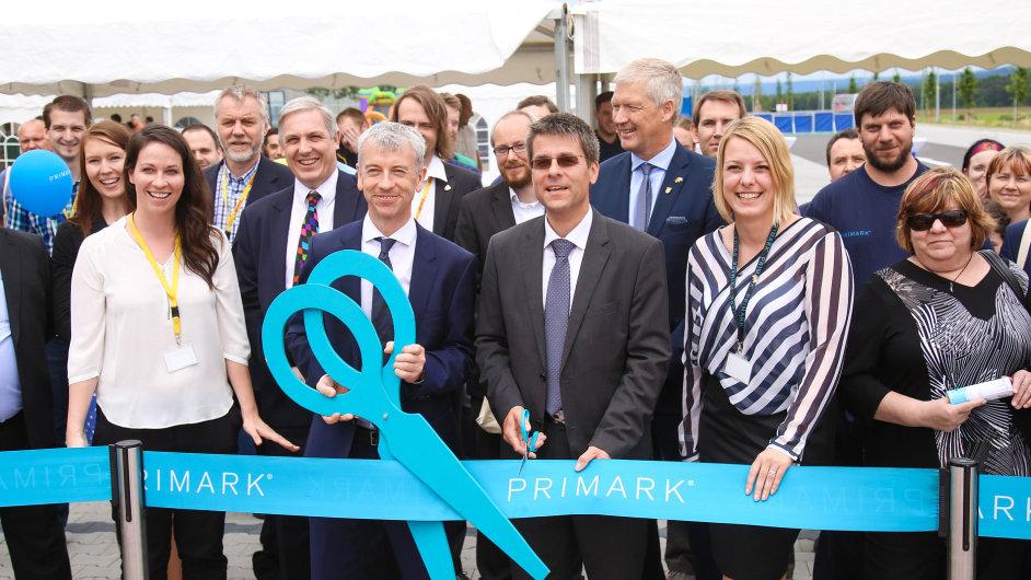 Primark a DHL v Boru oficiálně otevřely distribuční centrum pro Německo a Rakousko.