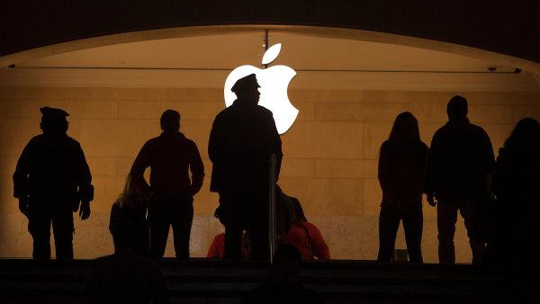 Apple mus� doplatit 13 miliard eur, na�izuje Brusel. V Irsku si nejbohat�� firma sv�ta vyjednala da� ni��� ne� procento