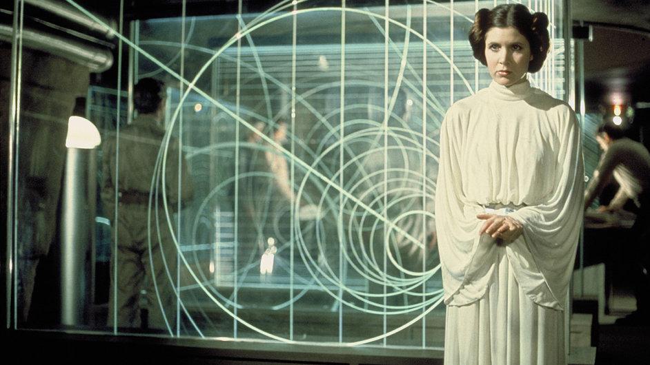 Carrie Fisherová alias princezna Leia v původní Epizodě IV Hvězdných válek z roku 1977.
