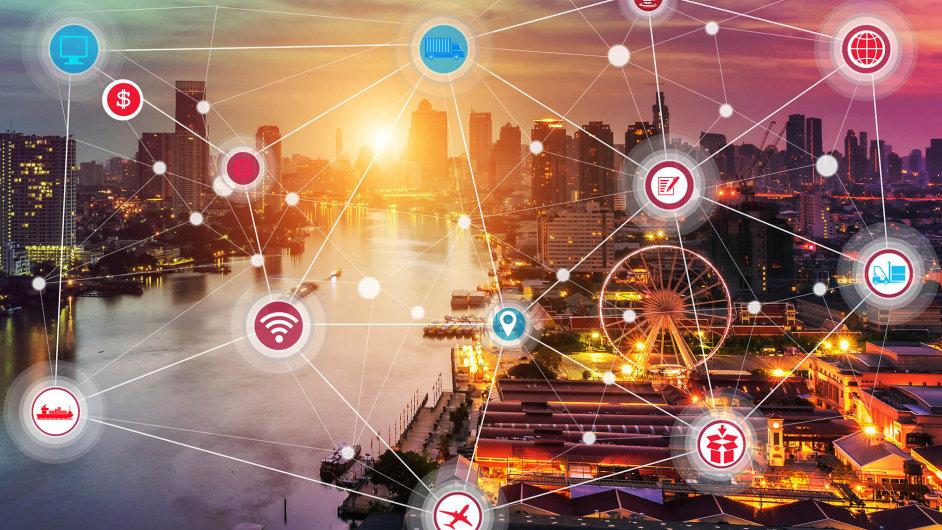 Propojení chytrých zařízení přinese netušené možnosti nejen městům adomácnostem.