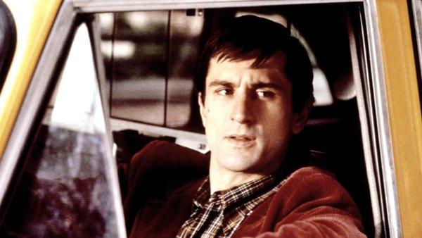 Když bylo Robertu De Nirovi třiatřicet let, natočil s Martinem Scorsesem slavný film Taxikář. Teď by měl De Niro pomocí počítačové techniky omládnout a znovu vypadat na třicet.