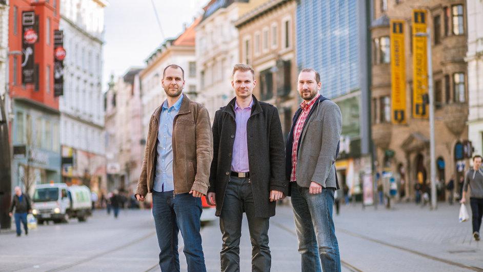 Zakladatelé UlovDomov.cz. Zleva: Martin Březina, Tomáš Brychta, Johny Patera