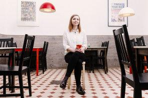 Vyšší dívčí Lucie Hrdličkové: Podnikatelka mění pověst pivní kultury