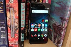 Test: Vodafone Smart V8 znovu míchá trhem s levnějšími telefony, za šest tisíc je skoro zlatý