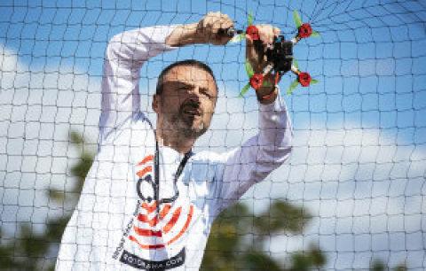 Souboj dronů:Celý den probíhaly závody dronů Future Port Prague Race by Rotorama, kterých se zúčastnili nejlepší čeští piloti.