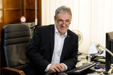 Šéf brněnského rozhlasu Jaromír Ostrý zkouší kandidaturu do Senátu na kandidátce ANO. A když to nevyjde, rád by se vrátil zpátky do rádia.