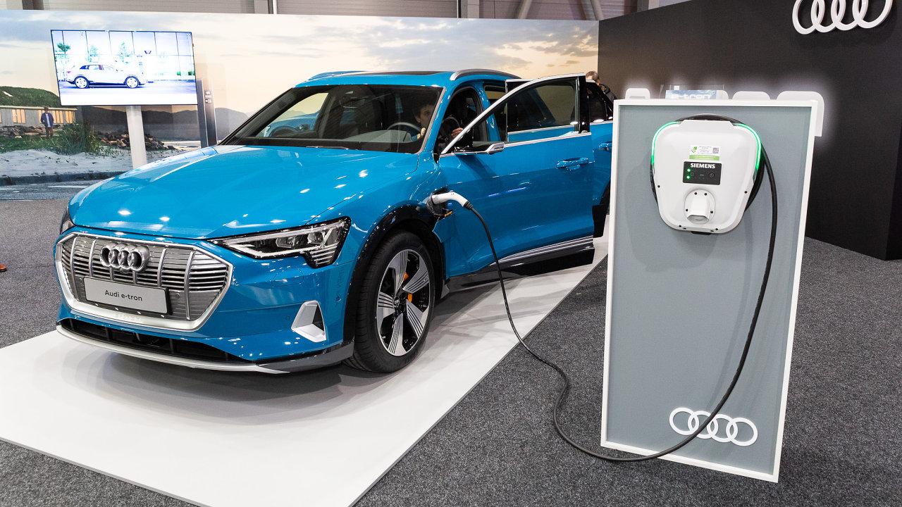 Elektromobil e-tron od Audi