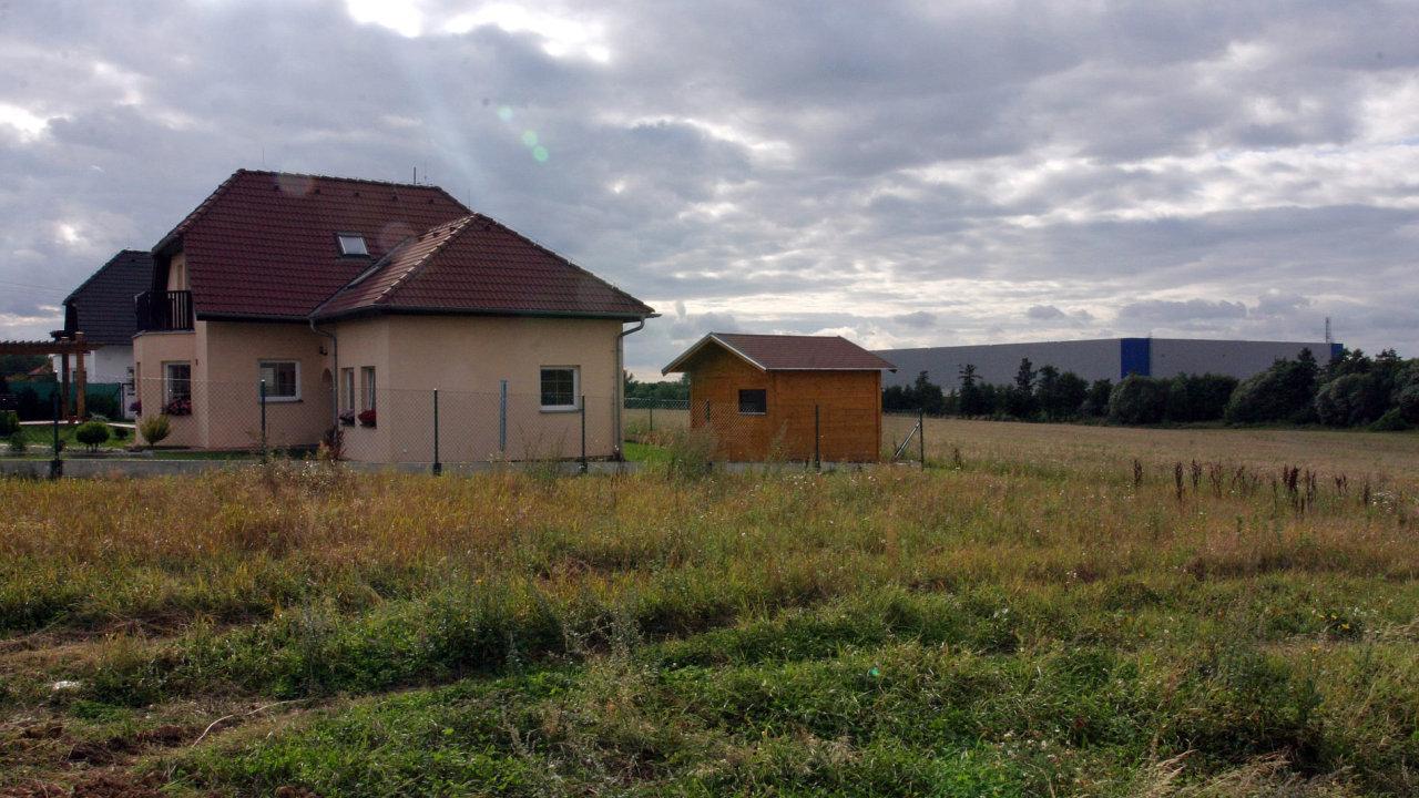Dům a pozemek