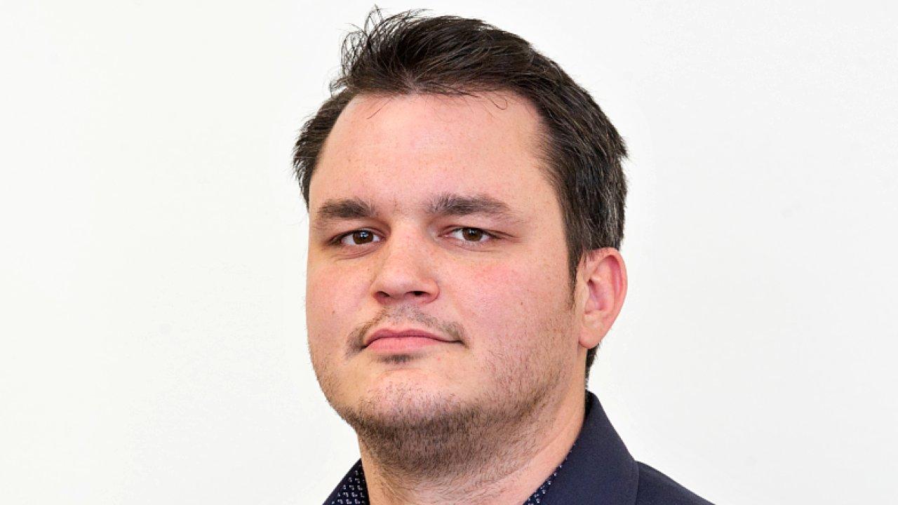 Dominik Valášek, šéfeditor auto-moto webu Garáž.cz