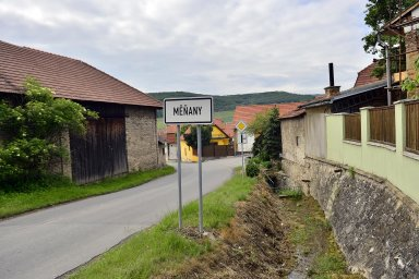 V Evropě jsme stejně jen pro legraci, říkají lidé ve vesnici, kde recesisté porazili i Babišovo ANO