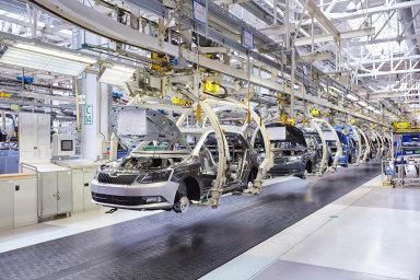 Výhodou českých firem je to, že tuzemská ekonomika i v prvním pololetí letošního roku rostla, stejně jako export.