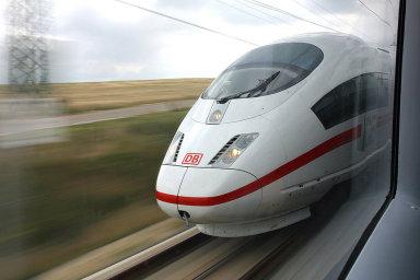 Vysokorychlostní vlak - ilustrační foto.
