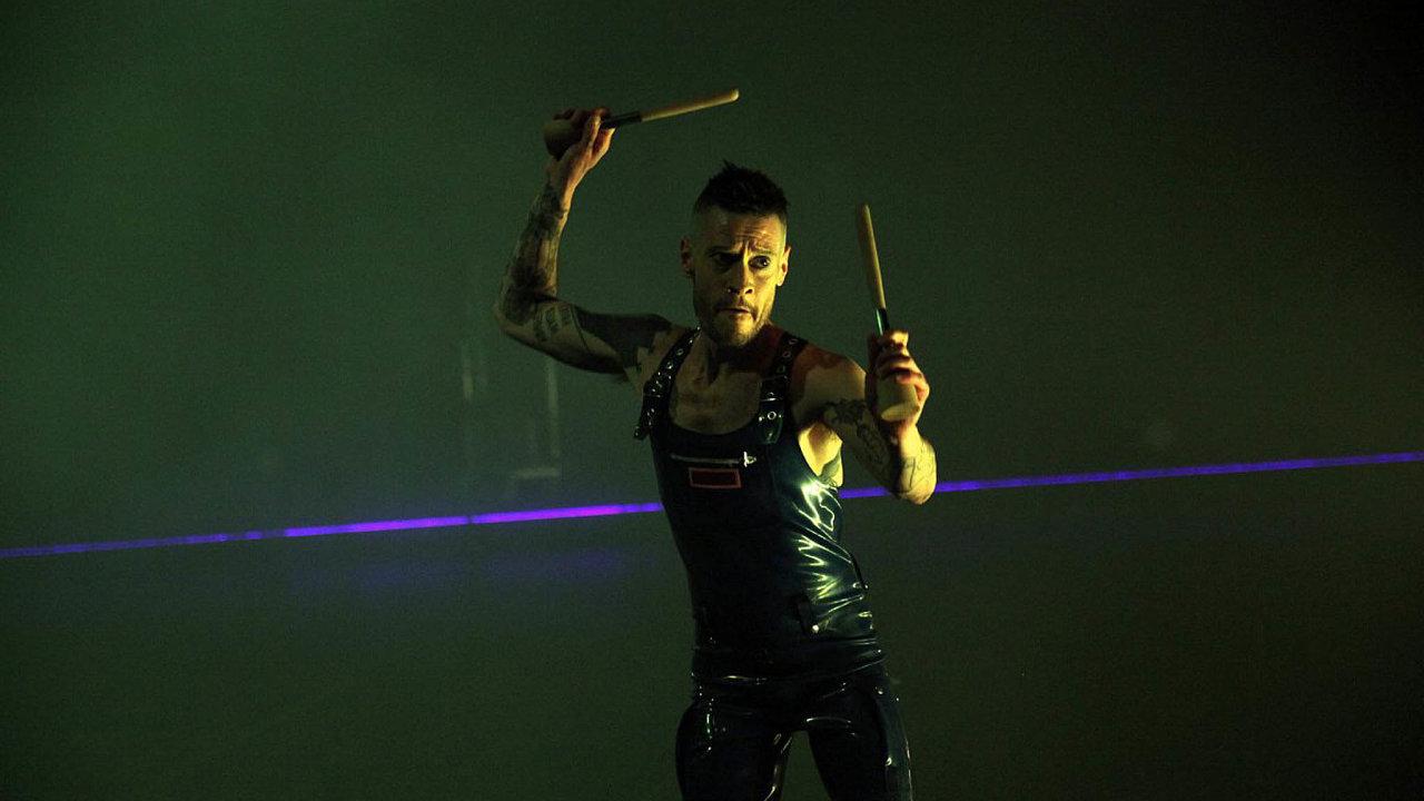 Performer Jeremy Wade.