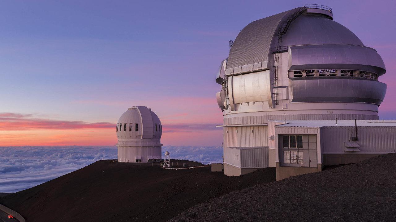 NaGemini Observatory na Havaji se podařilo pořídit barevné snímky tělesa, nanichž je zřetelně vidět koma– oblak plynných aprachových částic, které se uvolňují zpovrchu při přiblížení keSlunci.