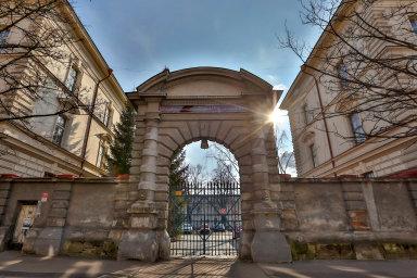 České Budějovice pozastavily plánovaný projekt přestavby bývalých Žižkových kasáren za miliardu korun.
