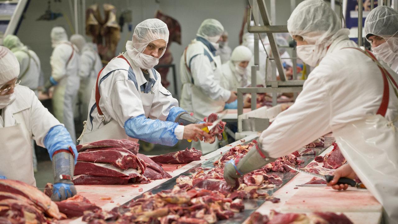 Rumunské úřady nařídily kontrolu ve dvou podnicích na zpracování masa