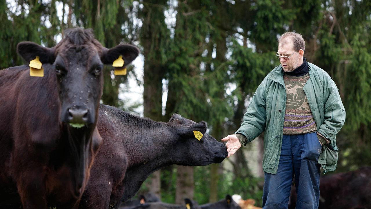 Výzkumník azemědělec. Přemysl Čech vroce 1993 založil výzkumnou agenturu Median. Odeset let později se pustil idoekologického zemědělství.