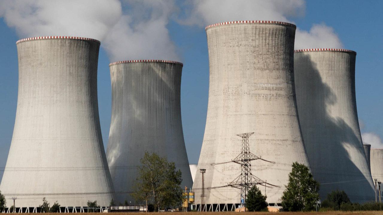 Největší zakázka včeské historii. Vedvousetmiliardovém tendru navýstavbu pátého bloku Jaderné elektrárny Dukovany vidí příležitost zájemci zpěti zemí. Výběrové řízení má začít ještě letos.