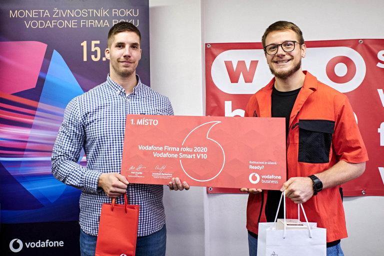 (Zleva) Jan Kokáš aOndřej Koneš, jednatelé společnosti WORKOUT CLUB PARKS, Vodafone Firma roku 2020 Moravskoslezského kraje