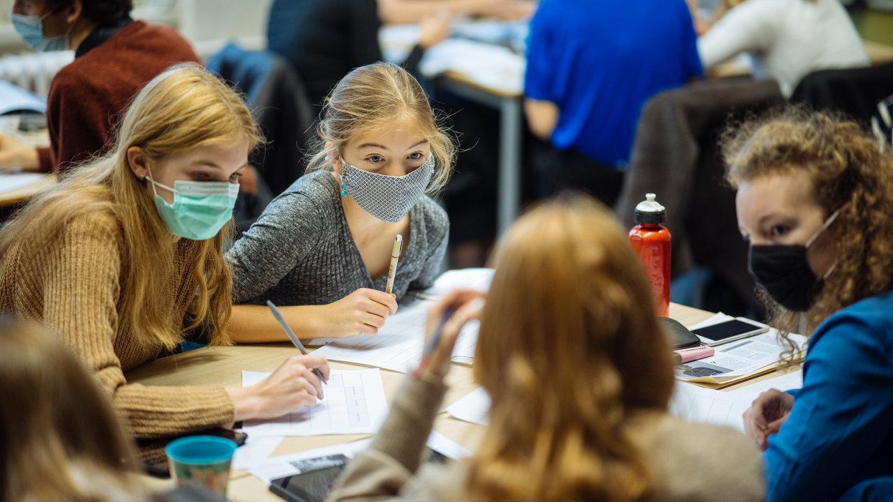 děti škola rouška roušky koronavirus výuka