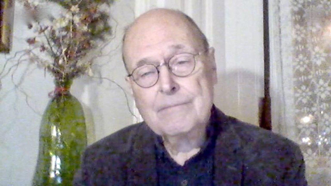 Hirsch: Mutace je epidemická katastrofa, optimistický scénář je zlepšení na podzim.