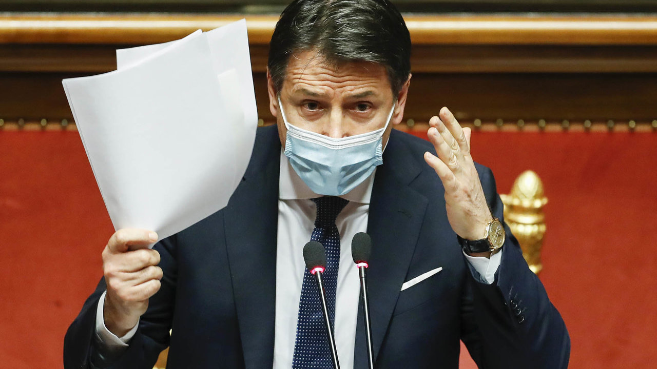 Hráč Conte: Premiér vdemisi Giuseppe Conte nevylučuje ani spolupráci srivalem Matteem Renzim.