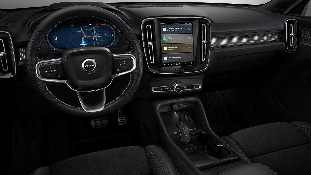 Operační systém Android Auto jako první vČesku nasadí Volvo vmodelu XC40. Uživatelské prostředí si Švédi navrhli sami akopíruje to vestávajících Volvech.