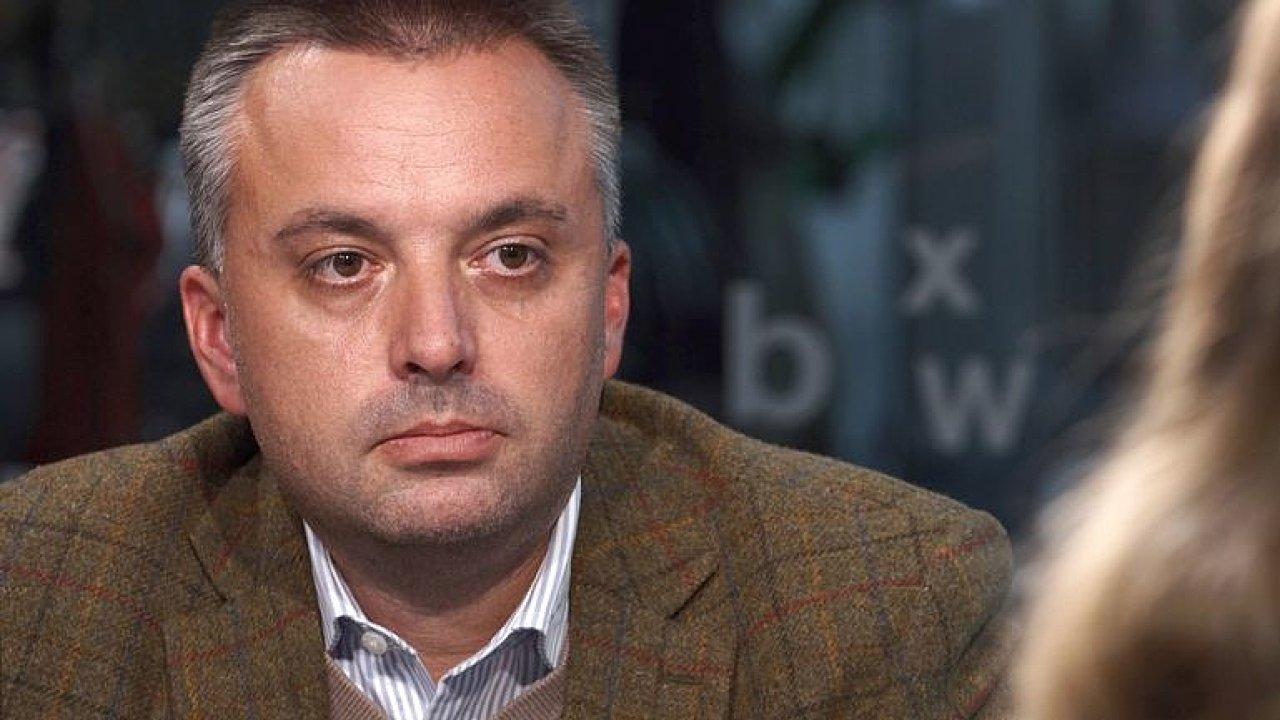 Zeman odkryl karty, nechová se jako český prezident, ale náměstek Putina, říká Kundra.