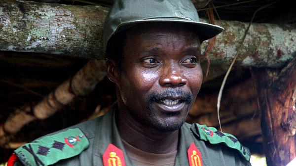 Joseph Kony na snímku z roku 2008