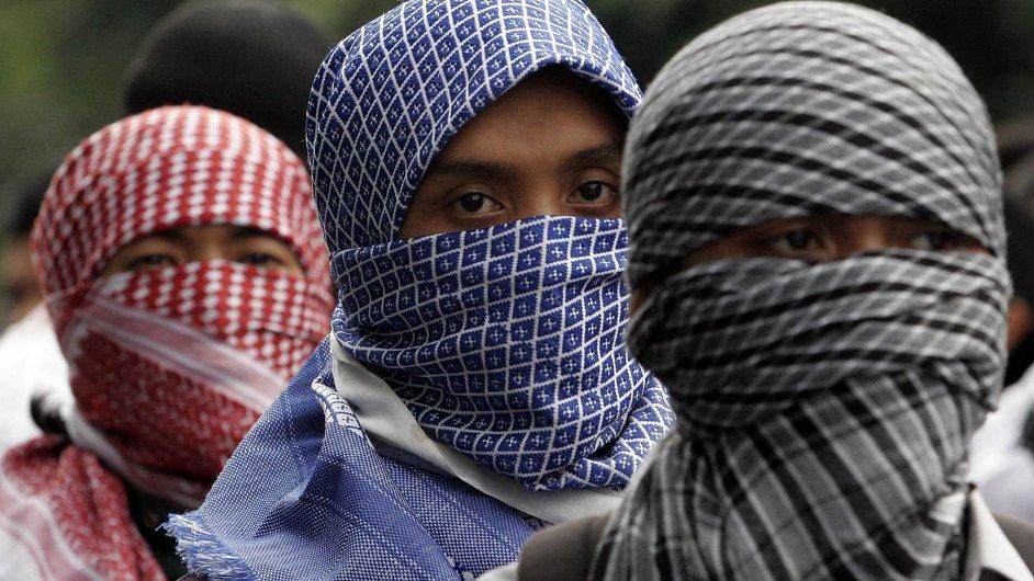 Členové al-Káidy - Ilustrační foto.