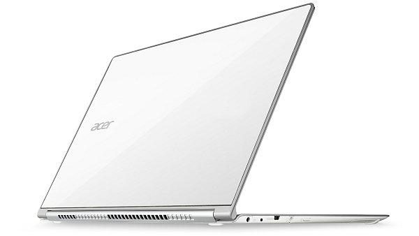 Acer Aspire S7 kombinuje perfektn� design s dotykov�m ovl�d�n�m