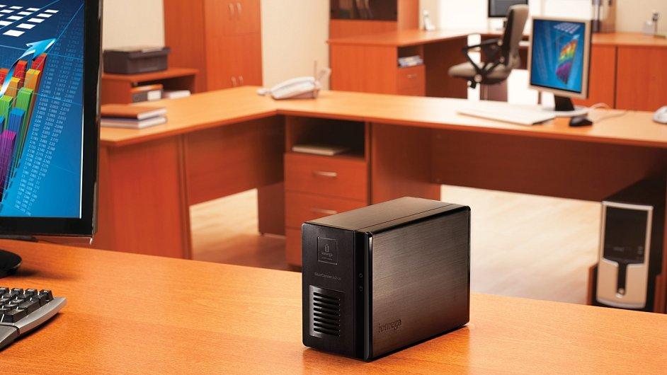 Síťový disk nepatří jen do kanceláře, NAS se hodí i doma