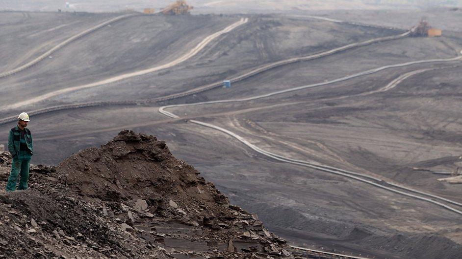 Povrchová těžba uhlí na Mostecku, Czech Coal