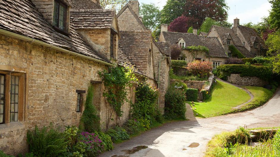 Malebný anglický venkov poznáte ve vesnici Bibury v hrabství Gloucestershire v jihozápadní Anglii.