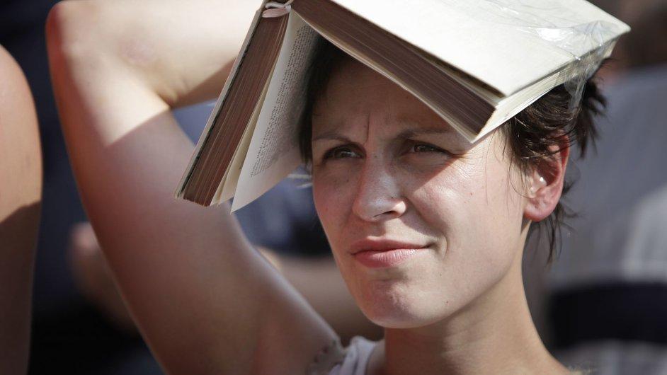 Demonstrace proti zvyšování DPH knih a tiskovin