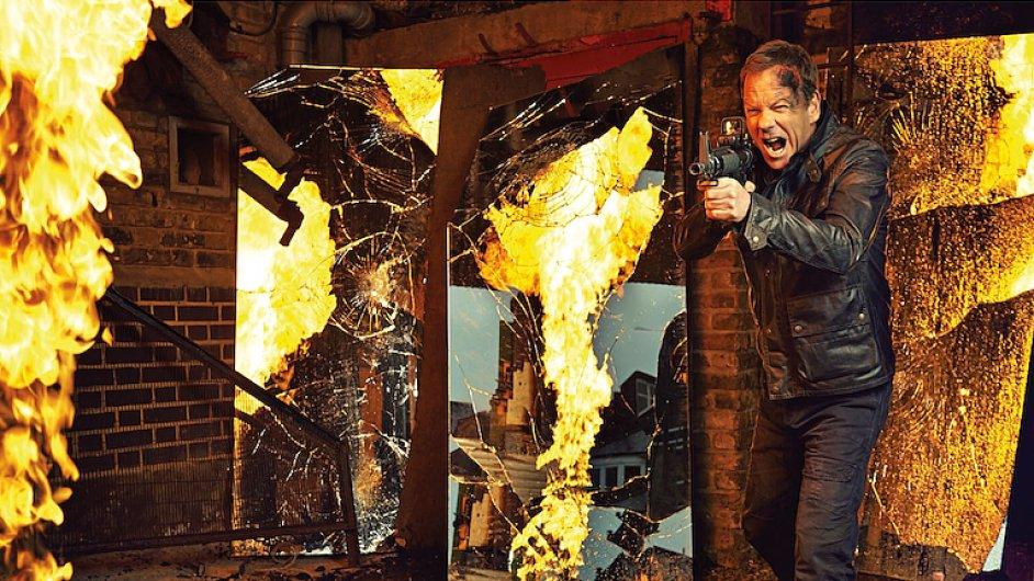 Už za necelý měsíc se na televizní obrazovky vrátí populární seriál 24 hodin v hlavní roli s hercem Kieferem Sutherlandem.