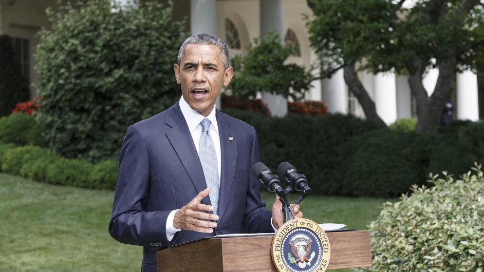 Prezident Obama hovoří k novinářům o situaci na Ukrajině.