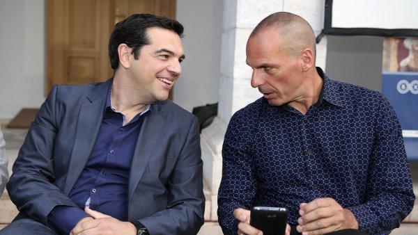 Řecký premiér Alexis Tsipras spolu s novým ministrem financí, ekonomem Janisem Varoufakisem.