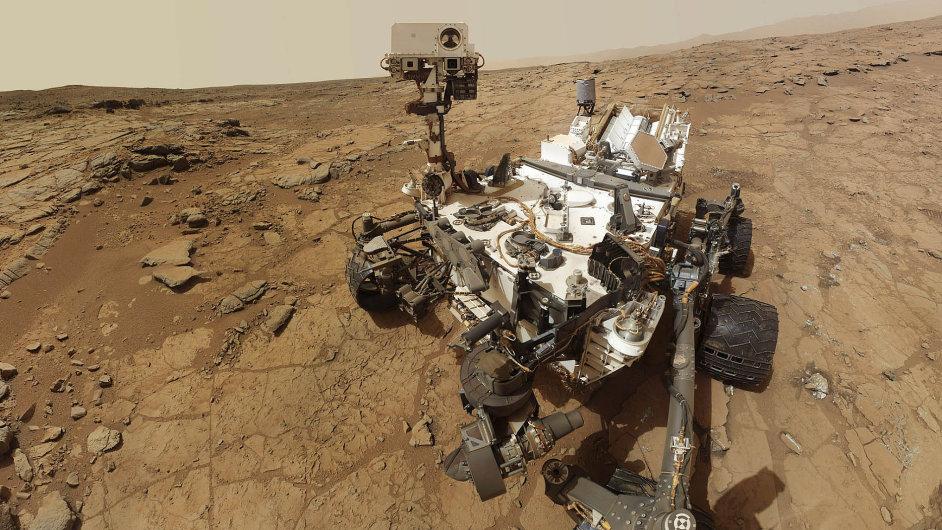 Život na Marsu je možný. Americká sonda Curiosity našla na rudé planetě chemické složeniny, které jsou základní podmínkou pro vznik života.