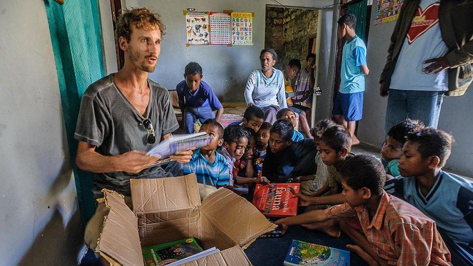 Češi budou vzdělávat děti v Indonésii.