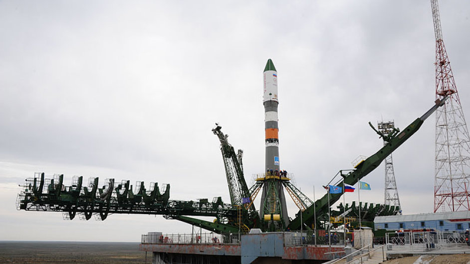 Zánik kosmické lodi způsobila chyba při oddělení třetího stupně nosné rakety.