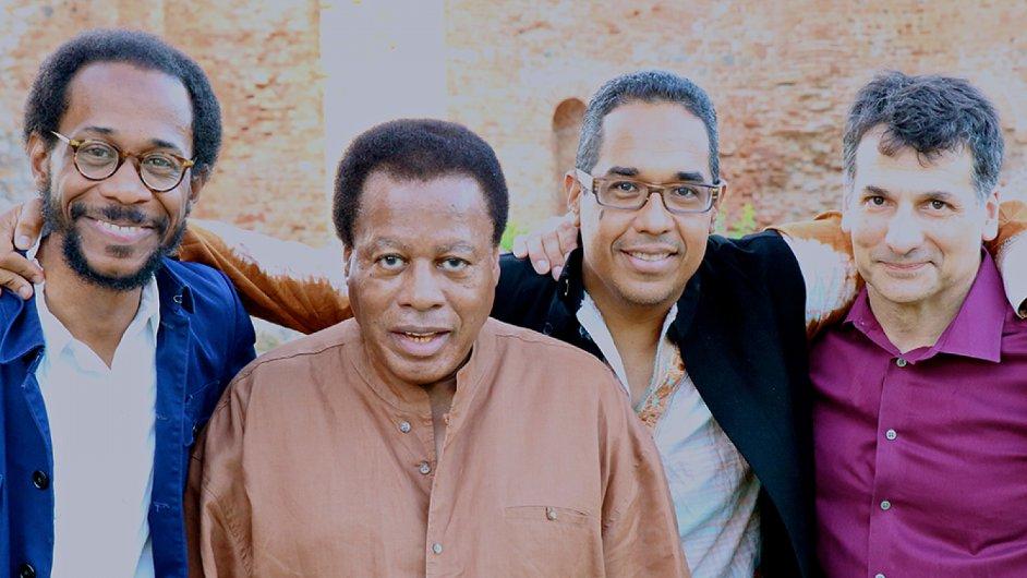 Na snímku kvarteto saxofonisty Waynea Shortera (druhý zleva).