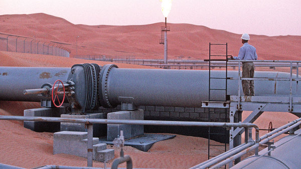 Napětí mezi Saúdskou Arábií a Íránem zapříčinilo začátkem nového roku výrazný růst cen ropy.