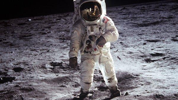 Výlet do vesmíru znamená tvrdý výcvik a také změny pro lidské tělo - Ilustrační foto.