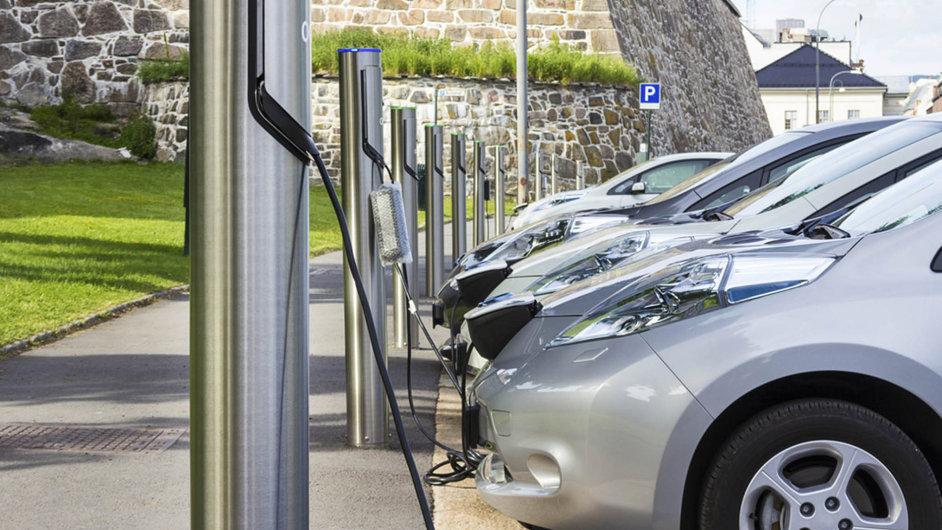 ČEZ bude investovat do carsharingové firmy, sdílení aut má podle energetické společnosti budoucnost - Ilustrační foto.