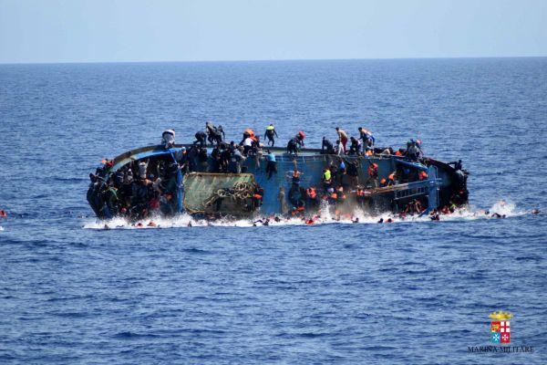 ITALIE LIBYE EU MIGRACE NESTESTI LODNI 441