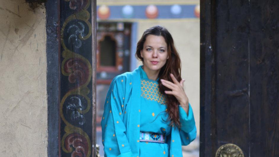 Lilia Khousnoutdinová si poprvé oblékla tradiční bhútánský kroj před devíti lety.