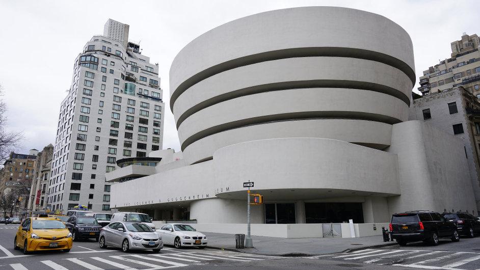 V současné budově od architekta Franka Lloyda Wrighta, na které se podílel český konstruktér Jaroslav Josef Polívka, sídlí Guggenheimovo muzeum od roku 1959.